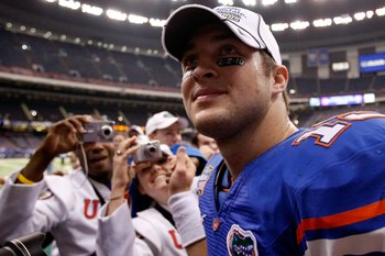 NEW ORLEANS - JANUARY 01:  Quarterback Tim Tebow #15 of the Florida Gators celebrates after defeating the Cincinnati Bearcats 24-51 during the Allstate Sugar Bowl at the Louisana Superdome on January 1, 2010 in New Orleans, Louisiana.  (Photo by Kevin C.