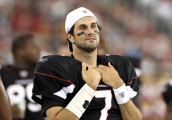 GLENDALE, AZ - SEPTEMBER 02:  Quarterback Matt Leinart #7 of the Arizona Cardinals watches from the sidelines during preseason NFL game against the Washington Redskins at the University of Phoenix Stadium on September 2, 2010 in Glendale, Arizona. The Car