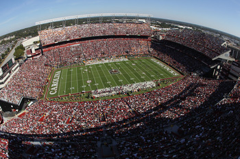 COLUMBIA, SC - OCTOBER 30:  A general view of the Tennessee Volunteers versus the South Carolina Gamecocks during their game at Williams-Brice Stadium on October 30, 2010 in Columbia, South Carolina.  (Photo by Streeter Lecka/Getty Images)