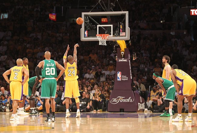 LOS ANGELES, CA - JUNE 17:  Kobe Bryant #24 of the Los Angeles Lakers shoots a free throw in Game Seven of the 2010 NBA Finals against the Boston Celtics at Staples Center on June 17, 2010 in Los Angeles, California.  NOTE TO USER: User expressly acknowle