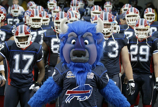 BUFFALO, NY - AUGUST 28: Buffalo Bills mascot Billy Buffalo leads the Bills onto the field prior to playing the Detroit Lions on August 28, 2008 at Ralph Wilson Stadium in Orchard Park, New York. (Photo by Rick Stewart/Getty Images)