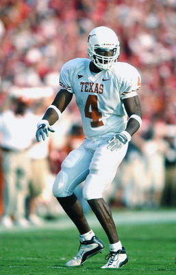 DALLAS - OCTOBER 12:  Wide receiver Roy Williams #4 of the Texas Longhorns stands on the field during the Red River Shootout against the Oklahoma Sooners at the Cotton Bowl on October 12, 2002 in Dallas, Texas.  Oklahoma won 35-24.  (Photo by Harry How/Ge
