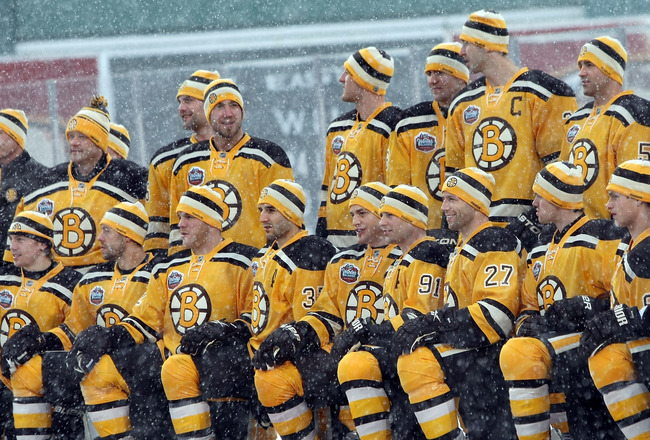 BOSTON - DECEMBER 31:  The Boston Bruins pose for a team pictures before the Bridgestone NHL Winter Classic on December 31, 2009 at Fenway Park in Boston, Massachusetts.  (Photo by Elsa/Getty Images)