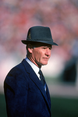 1983:  Head coach Tom Landry of the Dallas Cowboys watches from the sideline during a game in the 1988 season.  Tom Landry coached the Cowboys from 1960 to 1988, leading them to two Super Bowl victories.  (Photo by Getty Images)