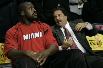 AUBURN HILLS, MI - MAY 31:  Head coach Stan Van Gundy of the Miami Heat talks to Shaquille O'Neal #32 on the bench prior to the Heat's game against the Detroit Pistons in Game Four of the Eastern Conference Finals during the 2005 NBA Playoffs May 31, 2005