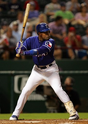 ARLINGTON, TX - AUGUST 6:  Sammy Sosa #21 of the Texas Rangers stands at bat against the Oakland Athletics at Rangers Ballpark August 6, 2007 in Arlington, Texas.  (Photo by Ronald Martinez/Getty Images)
