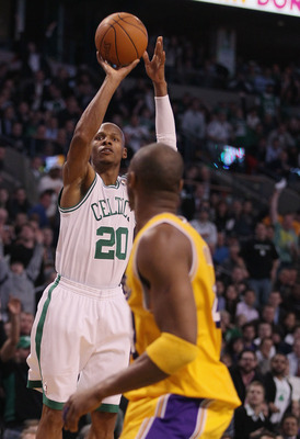 BOSTON, MA - FEBRUARY 10:  Ray Allen #20 of the Boston Celtics breaks the all time 3-point shot record with this three pointer as Kobe Bryant #24 of the Los Angeles Lakers defends on February 10, 2011 at the TD Garden in Boston, Massachusetts.  NOTE TO US