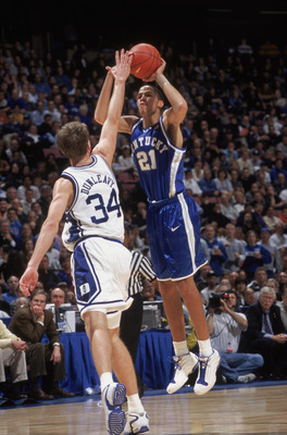 18 Dec 2001:  Tayshaun Prince #21 of the Kentucky Wildcats shoots a jump shot during the college basketball game against the Duke Blue Devils, part of the Jimmy V Classic at Continental Airlines Arena in East Rutherford, New Jersey.  Duke edged Kentucky 9