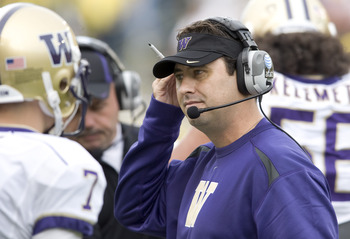 EUGENE, OR - NOVEMBER 6: Head coach Steve Sarkisian of the Washington Huskiest works the sidelines in the second quarter of the game against the Oregon Ducks at Autzen Stadium on November 6, 2010 in Eugene, Oregon. (Photo by Steve Dykes/Getty Images)