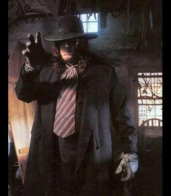 1the-undertaker21_display_image