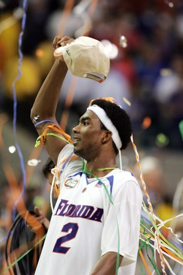 ATLANTA - APRIL 02:  Corey Brewer #2 of the Florida Gators celebrates after defeating the Ohio State Buckeyes during the NCAA Men's Basketball Championship game at the Georgia Dome on April 2, 2007 in Atlanta, Georgia.  (Photo by Andy Lyons/Getty Images)