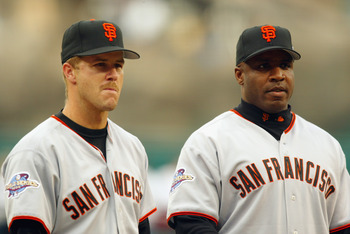 ANAHEIM, CA - OCTOBER 19:  Portrait of (L-R) Second Baseman Jeff Kent #21 and Left Fielder Barry Bonds #25 both of the San Francisco Giants during game one of the World Series against the Anaheim Angels on October 19, 2002 at Edison Field in Anaheim, Cali