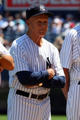 NEW YORK - JULY 19:  Former New York Yankee Bill 'Moose' Skowron looks on during the teams 63rd Old Timers Day before the game against the Detroit Tigers on July 19, 2009 at Yankee Stadium in the Bronx borough of New York City.  (Photo by Jim McIsaac/Gett