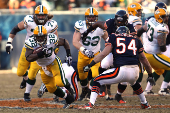 CHICAGO, IL - JANUARY 23:  Brandon Jackson #32 of the Green Bay Packers runs the ball against the Chicago Bears in the NFC Championship Game at Soldier Field on January 23, 2011 in Chicago, Illinois.  (Photo by Jonathan Daniel/Getty Images)