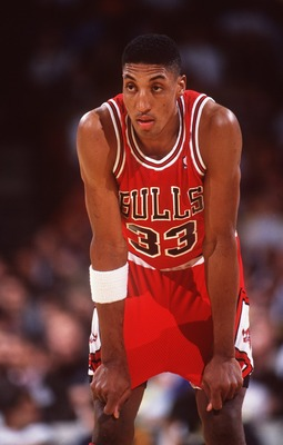 CHICAGO SMALL FORWARD SCOTTIE PIPPEN TAKES A BREAK WHILE AWAITING A FREE THROW DURING THE BULLS REGULAR SEASON GAME VERSUS THE LOS ANGELES LAKERS AT THE GREAT WESTERN FORUM IN INGLEWOOD, CA.