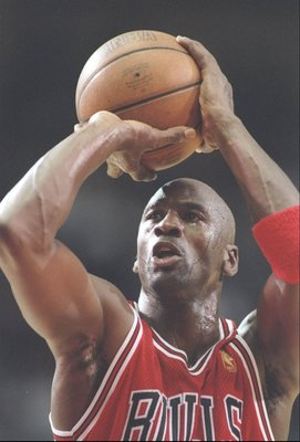 25 Nov 1996:  Guard Michael Jordan of the Chicago Bulls shoots a fould shot during a game against the Los Angeles Clippers at the Los Angeles Sports Arena in Los Angeles, California.  The Bulls won the game 88 - 84. Mandatory Credit: J.D. Cuban  /Allsport