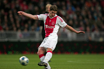 AMSTERDAM, NETHERLANDS - OCTOBER 17:  Jan Vertonghen of AFC Ajax during the Eredivisie match between AFC Ajax and Willem II held on October 17, 2009 at the Amsterdam ArenA, in Amsterdam, Netherlands. (Photo by Anoek De Groot/EuroFootball/Getty Images)