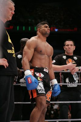 Alistair_overeem_k-1_display_image