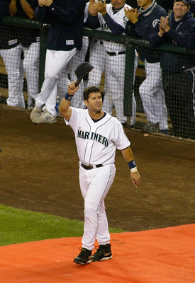 SEATTLE, WA - OCTOBER 2:  Edgar Martinez #11 of the Seattle Mariners walks onto the field during a post game ceremony honoring his 18 year career with the Mariners on October 2, 2004 at Safeco Field in Seattle, Washington.  (Photo by Lisa Blumenfeld/Getty