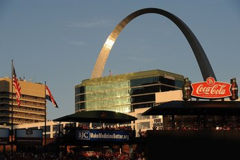 ST. LOUIS - OCTOBER 10: An interior view of Busch Stadium and the St. Louis Gateway Arch during Game Three of the NLDS during the 2009 MLB Playoffs between the St. Louis Cardinals and the Los Angeles Dodgers on October 10, 2009 in St. Louis, Missouri. (Ph