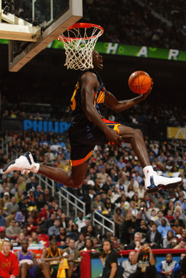 ATLANTA - FEBRUARY 8:  Jason Richardson #23 of the Golden State Warriors makes his final dunk to win the Sprite Rising Stars Slam Dunk Contest during the 2003 NBA All-Star Weekend at Philips Arena on February 8, 2003 in Atlanta, Georgia.  NOTE TO USER: Us