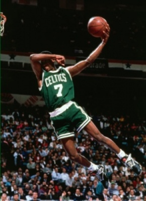 http://paintsinthepoint.files.wordpress.com/2009/10/top-slam-dunk-contest-trendsetters-dee-brown-8-1.jpg?w=255&h=351