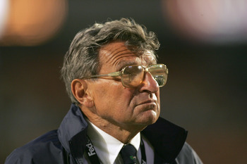 MIAMI GARDENS, FL - JANUARY 3:  Head coach Joe Paterno of the Penn State Nittany Lions looks on from the sidelines during the 72nd Fed Ex Orange Bowl against the Florida State Seminoles at Dolphins Stadium on January 3, 2005 in Miami Gardens, Florida. Pen