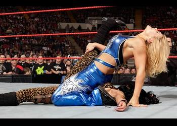 96bethphoenix_display_image