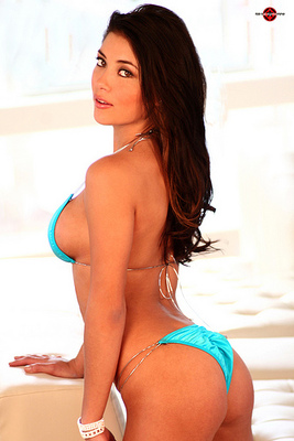 Arianny-celeste-1_display_image