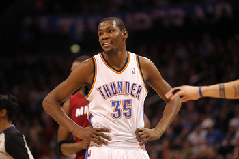 OKLAHOMA CITY, OK - JANUARY 30:  Kevin Durant #35 of the Oklahoma City Thunder at Ford Center on January 30, 2011 in Oklahoma City, Oklahoma.  NOTE TO USER: User expressly acknowledges and agrees that, by downloading and or using this photograph, User is