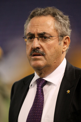 MINNEAPOLIS - NOVEMBER 07:  Owner Zygi Wilf of the Minnesota Vikings looks on during warmups for the game with the Arizona Cardinals at Hubert H. Humphrey Metrodome on November 7, 2010 in Minneapolis, Minnesota.  (Photo by Stephen Dunn/Getty Images)