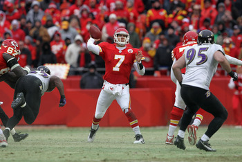 KANSAS CITY, MO - JANUARY 09:  Quarterback Matt Cassel #7 of the Kansas City Chiefs looks to pass against the Baltimore Ravens as the Ravens defeated the Chiefs 30-7 in their 2011 AFC wild card playoff game at Arrowhead Stadium on January 9, 2011 in Kansa