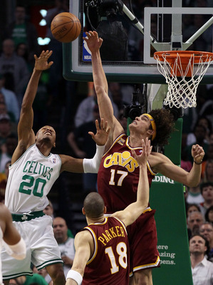 BOSTON - MAY 09:  Anderson Varejao #17 of the Cleveland Cavaliers tries to block Ray Allen #20 of the Boston Celtics during Game Four of the Eastern Conference Semifinals of the 2010 NBA playoffs at TD Garden on May 9, 2010 in Boston, Massachusetts. The C