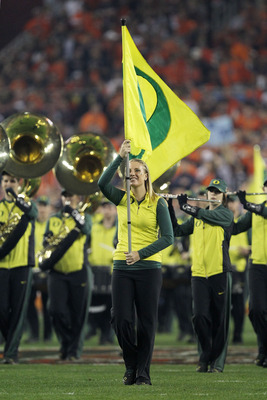 GLENDALE, AZ - JANUARY 10:  The Oregon Ducks marching band performs at halftime while taking on the Auburn Tigers in the Tostitos BCS National Championship Game at University of Phoenix Stadium on January 10, 2011 in Glendale, Arizona.  (Photo by Ronald M
