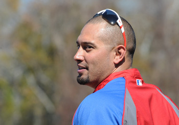 CLEARWATER, FL - FEBRUARY 19:  Outfielder Shane Victorino #8 of the Philadelphia Phillies sets for batting practice during a spring training workout February 19, 2011 the Carpenter Complex at Bright House Field in Clearwater, Florida. (Photo by Al Messers