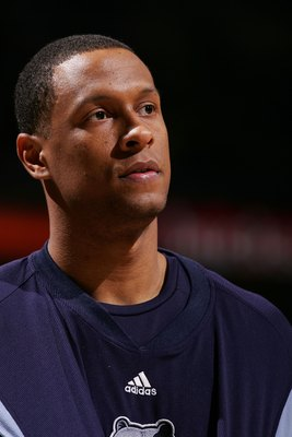 MILWAUKEE - DECEMBER 08:  Lawrence Roberts #44 of the Memphis Grizzlies is seen during pregame against the Milwaukee Bucks December 8, 2006 at the Bradley Center in Milwaukee, Wisconsin. The Bucks won 100-94. NOTE TO USER: User expressly acknowledges and
