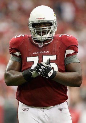 GLENDALE, AZ - SEPTEMBER 13:  Offensive tackle Levi Brown #75 of the Arizona Cardinals during the NFL game against the San Francisco 49ers at the Universtity of Phoenix Stadium on September 13, 2009 in Glendale, Arizona. The 49ers defeated the Cardinals 2