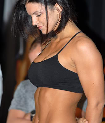 Ginacaranoweighinshot_display_image