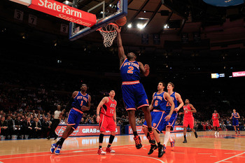 NEW YORK, NY - FEBRUARY 16:  Raymond Felton #2 of the New York Knicks lays the ball up against the Atlanta Hawks at Madison Square Garden on February 16, 2011 in New York City. NOTE TO USER: User expressly acknowledges and agrees that, by downloading and/
