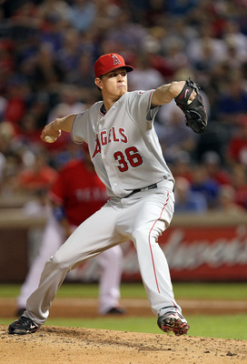 ARLINGTON, TX - OCTOBER 01:  Pitcher Jered Weaver #36 of the Los Angeles Angels of Anaheim throws against the Texas Rangers at Rangers Ballpark in Arlington on October 1, 2010 in Arlington, Texas.  (Photo by Ronald Martinez/Getty Images)