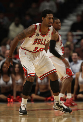 CHICAGO - NOVEMBER 11: James Johnson #16 of the Chicago Bulls defends against the Golden State Warriors at the United Center on November 11, 2010 in Chicago, Illinois. The Bulls defeated the Warriors 120-90. NOTE TO USER: User expressly acknowledges and a
