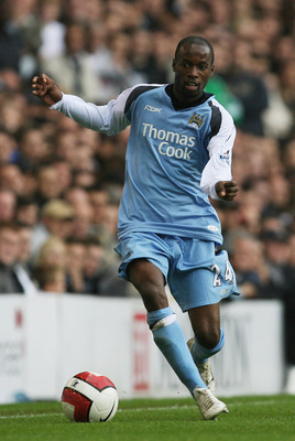 LONDON - MAY 13:  DaMarcus Beasley of City runs with the ball during the Barclays Premiership match between Tottenham Hotspur and Manchester City at White Hart Lane on May 13, 2007 in London, England.   (Photo by Clive Rose/Getty Images)