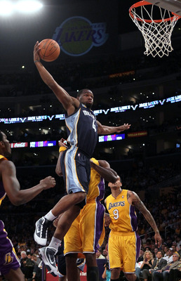 LOS ANGELES, CA - NOVEMBER 02:  Sam Young #4 of the Memphis Grizzlies goes up for a dunk against the Los Angeles Lakers during the game at Staples Center on November 2, 2010 in Los Angeles, California. The Lakers defeated the Grizzlies 124-105. NOTE TO US