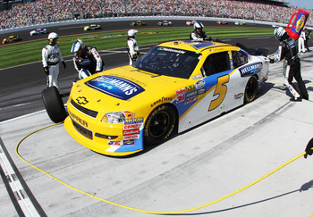 Dale Earnhardt Jr.'s pit crew was the No.48 team.