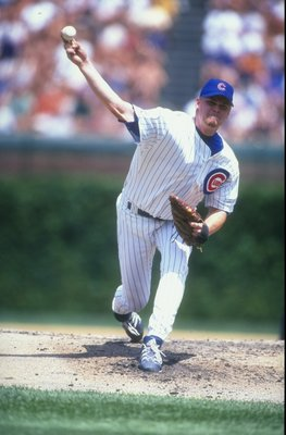26 Jul 1998:  Pitcher Kerry Wood #34 of the Chicago Cubs in action during a game against the New York Mets at Wrigley Field in Chicago, Illinois. The Cubs defeated the Mets 3-1. Mandatory Credit: Jonathan Daniel  /Allsport