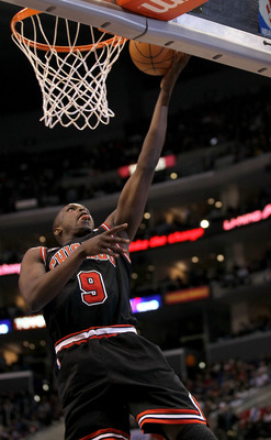 LOS ANGELES, CA - FEBRUARY 02:  Luol Deng #9 of the Chicago Bulls goes up for a shot against the Los Angeles Clippers at Staples Center on February 2, 2011  in Los Angeles, California. The Bulls won 106-88.  NOTE TO USER: User expressly acknowledges and a