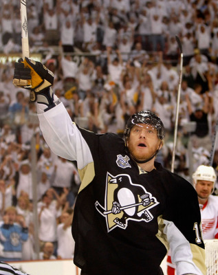 PITTSBURGH - MAY 31:  Marian Hossa #18 of the Pittsburgh Penguins celebrates after scoring a first period power play goal against the Detroit Red Wings during game four of the 2008 NHL Stanley Cup Finals at Mellon Arena on May 31, 2008 in Pittsburgh. Penn