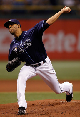 ST. PETERSBURG, FL - OCTOBER 12:  Pitcher David Price #14 of the Tampa Bay Rays pitches against the Texas Rangers during Game 5 of the ALDS at Tropicana Field on October 12, 2010 in St. Petersburg, Florida.  (Photo by J. Meric/Getty Images)
