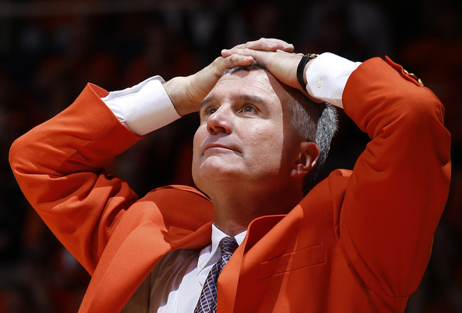 CHAMPAIGN, IL - JANUARY 22: Illinois Fighting Illini head coach Bruce Weber looks on in the first half against the Ohio State Buckeyes at Assembly Hall on January 22, 2011 in Champaign, Illinois. (Photo by Joe Robbins/Getty Images)