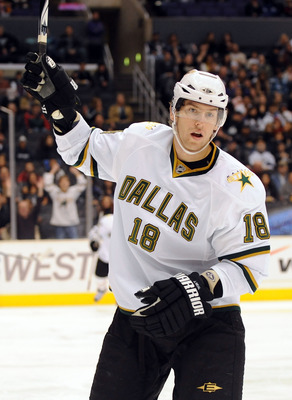 LOS ANGELES, CA - DECEMBER 12:  James Neal #18 of the Dallas Stars celebrates his goal for a 1-0 lead over the Los Angeles Kings during the first period at the Staples Center on December 12, 2009 in Los Angeles, California.  (Photo by Harry How/Getty Imag